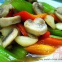 西芹炒蘑菇