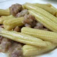 嫩玉米炒排骨