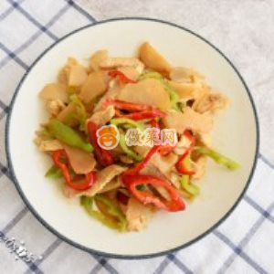怎么做鸡肉炒菊竽最好吃 鸡肉炒菊